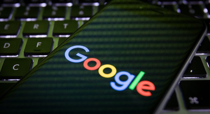 Google está apretando su control en su sitio web